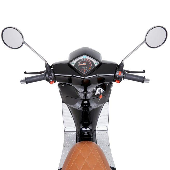 Scooter électrique pas cher KSR MOTO Vionis tableau de bord