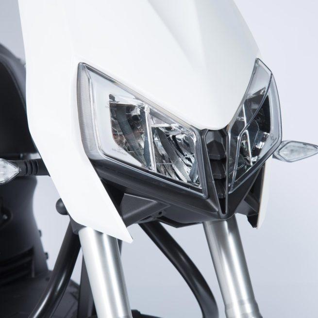 Scooter Electrique Yadea Z3 Blanc phares