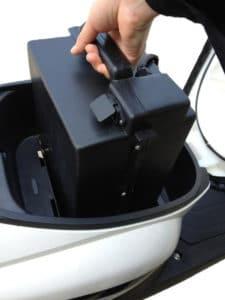 batterie amovible d'un scooter électrique