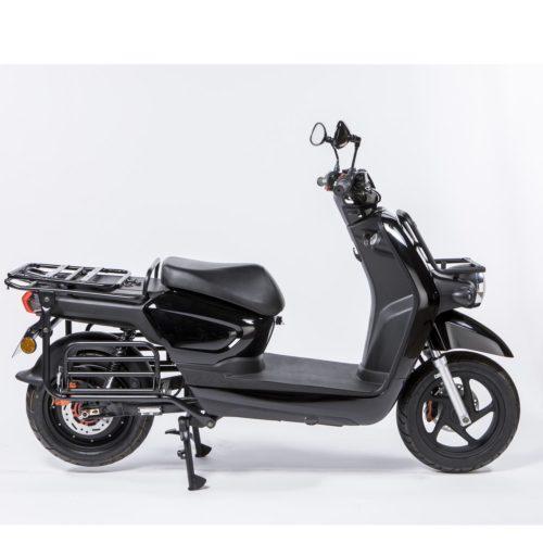 Scooter électrique pour la livraison, dédié aux professionnels, Pink Mobility Pink Up noir, droite