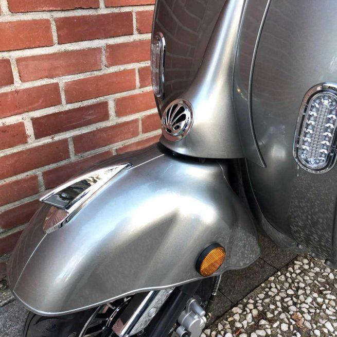 Scooter Electrique 2Twenty Roma Gris Retro Garde Boue