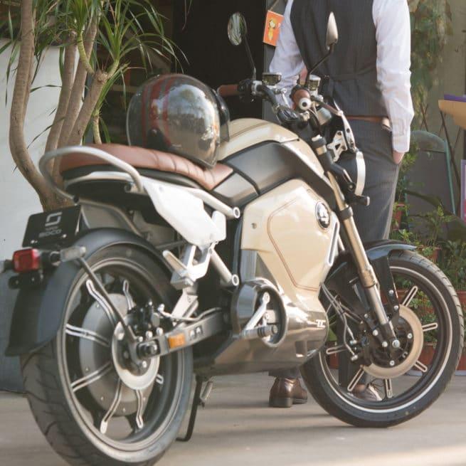 super soco tc beige sable moto électrique marseille nice