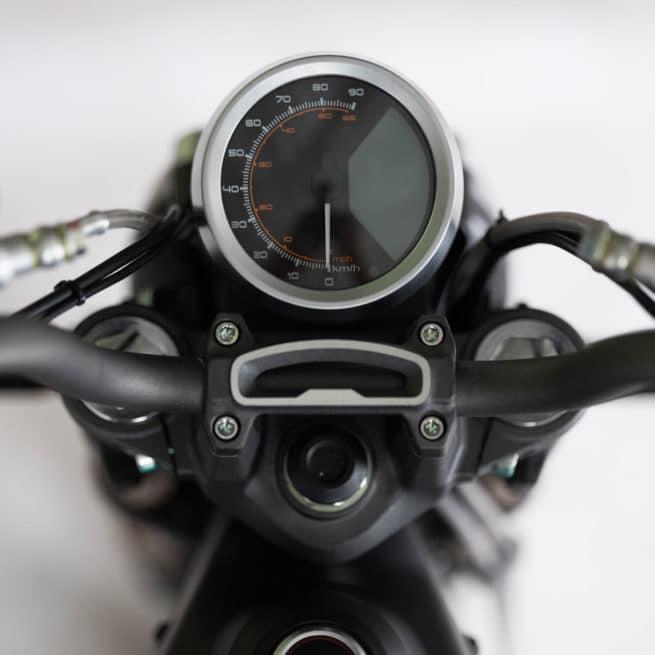 super soco tc moto electrique vintage compteur rond aiguille