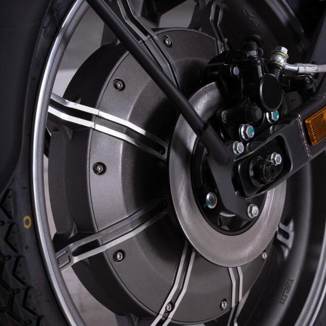 super soco tc moto electrique vintage frein à disque