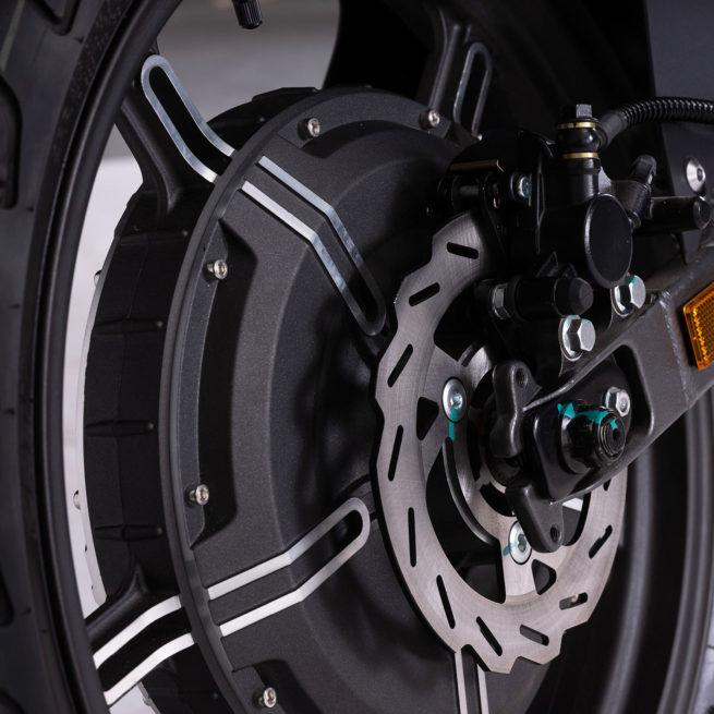 super soco ts moto electrique roadster jeune