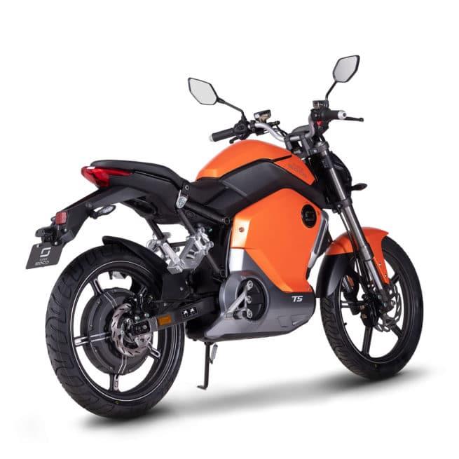 super soco ts moto electrique roadster petit grand pieds au sol
