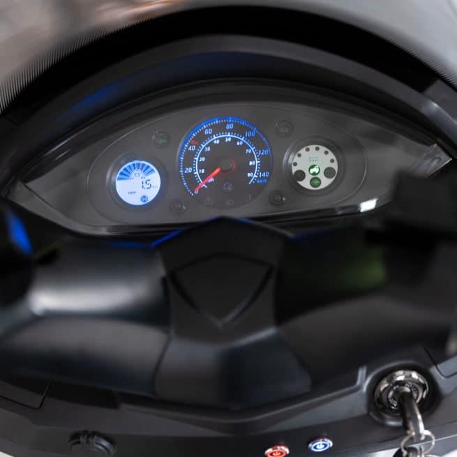 scooter électrique rider 9000W compteur aiguille