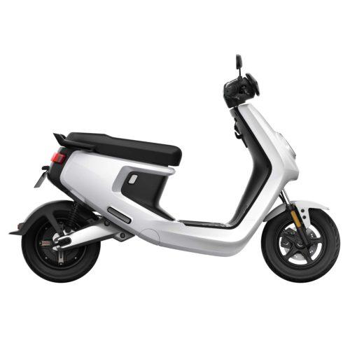 niu-mplus-scooter-electrique-blanc-droite