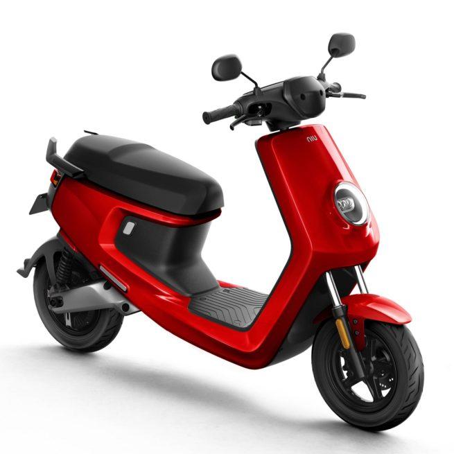 Scooter Electrique NIU M+ rouge avant droite