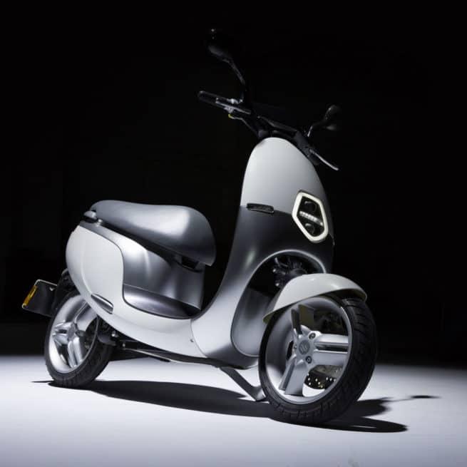 Scooter Electrique Orcal Ecooter avant droite