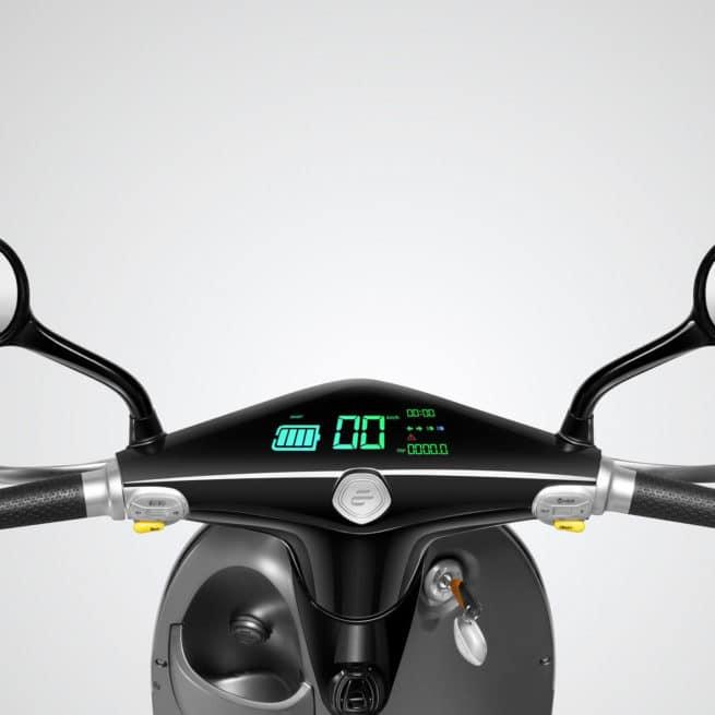 Tableau de bord du scooter électrique ecooter E1