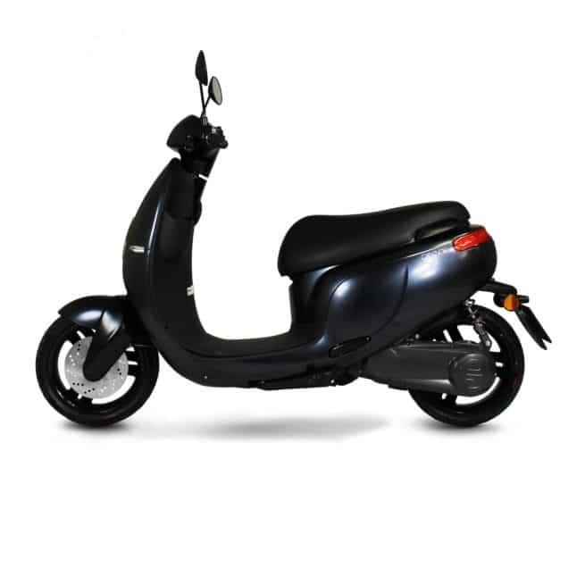 Orcal E1R scooter electrique petit grand pieds au sol