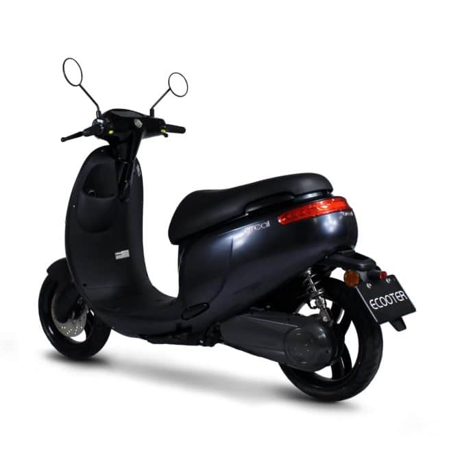 Orcal E1R scooter electrique batterie amovible sans effort lithium ion pratique