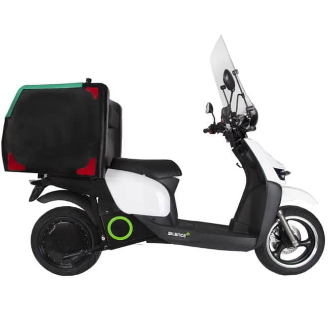 scooter-electrique-silence-s02-coté