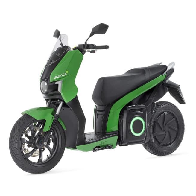 scooter-electrique-silence-01-vert-3/4