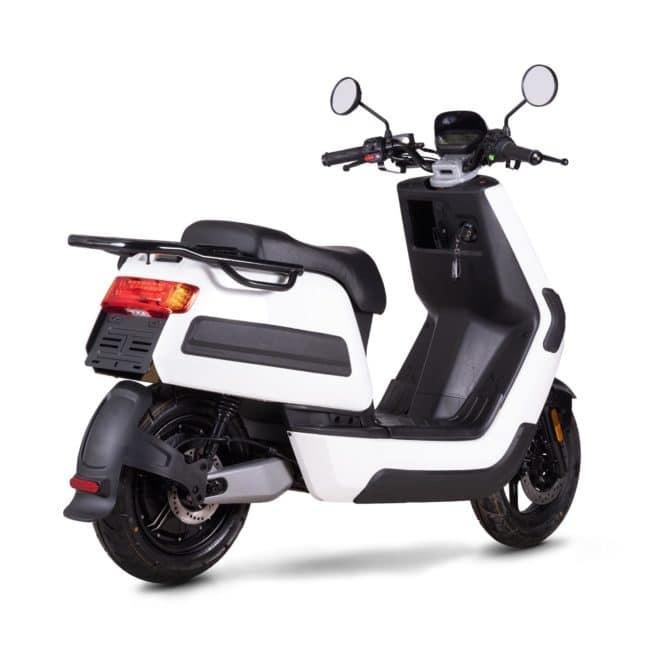 Niu NQI gt Cargo scooter electrique 50 km d'autonomie grande autonomie livraison paris nantes marseille lyon bordeaux lille