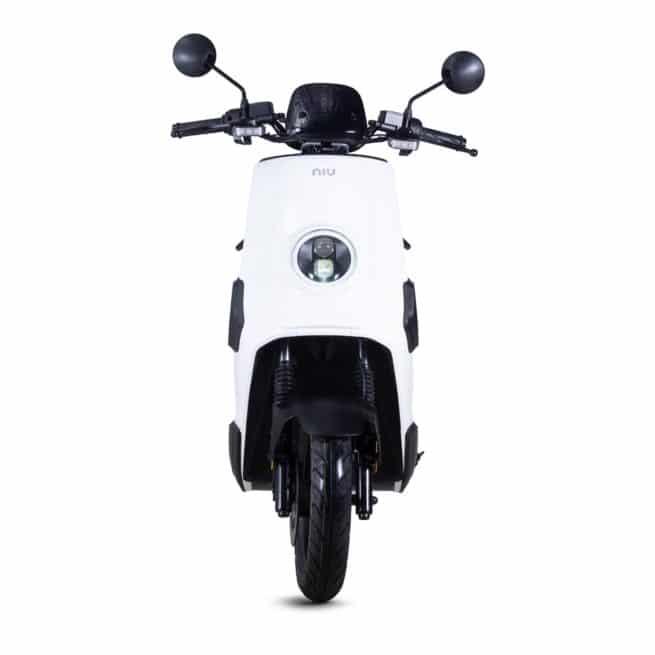 Niu NQI gt Cargo scooter electrique 50 km d'autonomie grande autonomie livraison grande ville silence