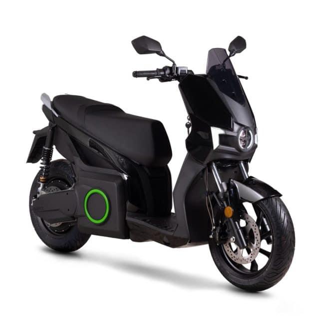 Silence s01 scooter electrique lycée travail emploi fac