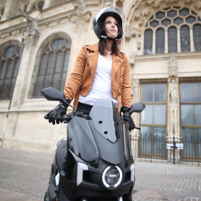 silence s01 scooter electrique batterie amovible trolley ville periurbain grand coffre