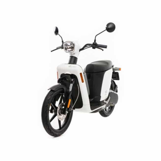 scooter-electrique-askoll-es2-blanc