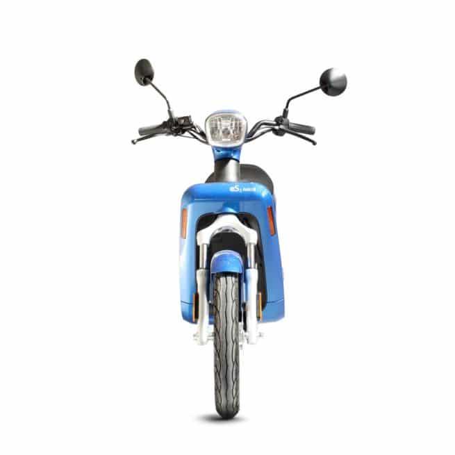 Askoll ES2 scooter electrique sécurité léger vespa classique