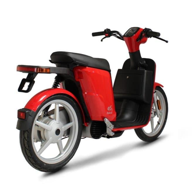 Askoll ES3 scooter electrique batterie sans effort lithium ion pratique