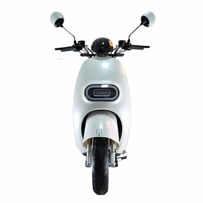 scooter-electrique-yesss-blanc-face