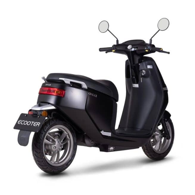 Orcal E2 scooter electrique petit grand pieds au sol