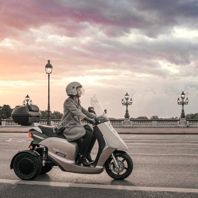 eccity model 3 roues scooter électrique trois roues idéal en ville