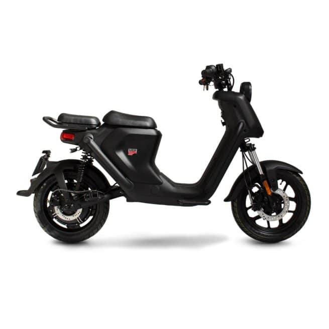 niu uqi gt pro scooter electrique jeune femmme homme pratique léger maniable