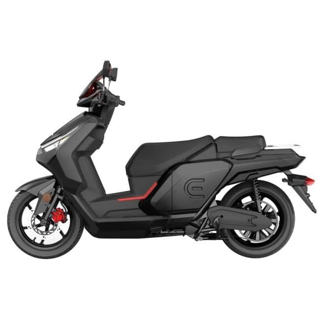 scooter electrique noir vue de côté