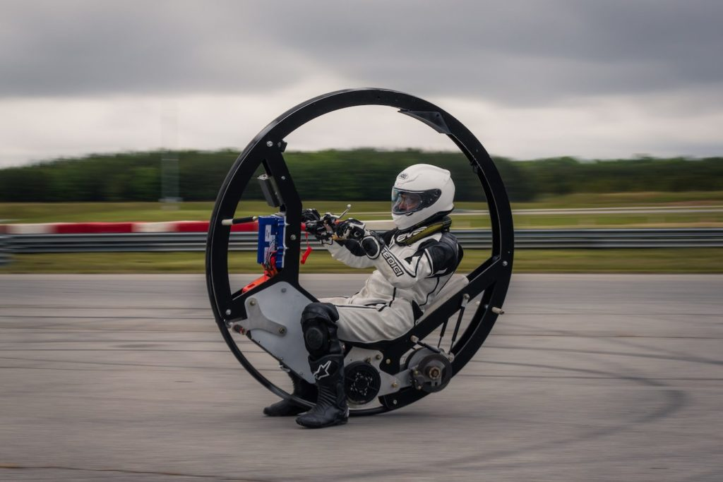 Mono-Wheel en test sur circuit