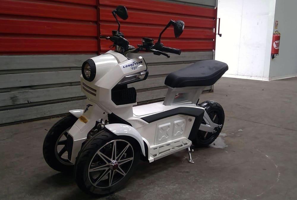 scooter électrique trois roues occasion