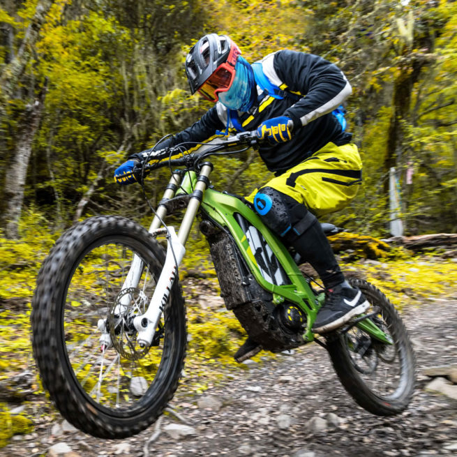 sur ron light bee off road chemin foret