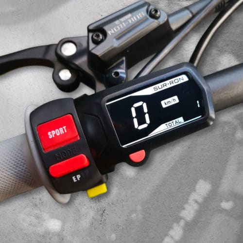 sur son light bee off road compteur digital guidon