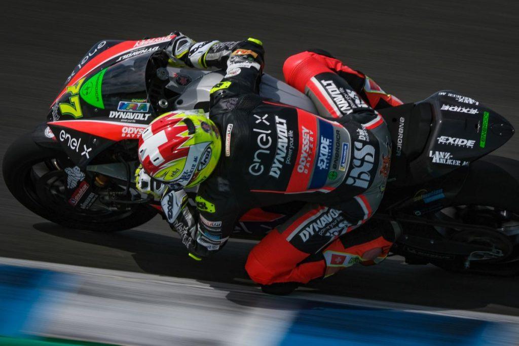 Dominique Aegerter sur le circuit espagnol de Jerez.