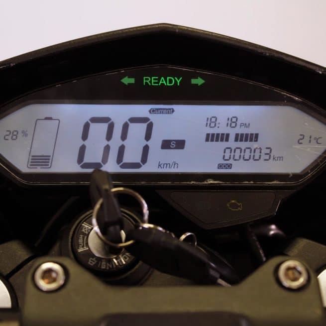 Maisai Vison 5000W moto electrique supermotard 125 cm3 bonne accélération gros moteur puissant derbi gilera aprilia