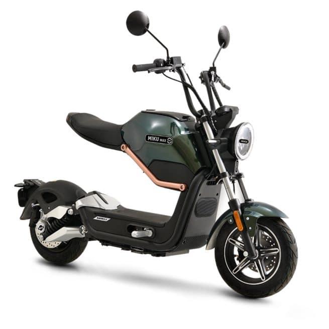 Sunra Miku Max scooter electrique sécurité léger look atypique original design