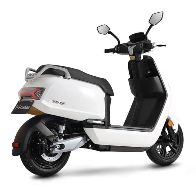 Sunra Robo scooter electrique jeune femmme homme pratique