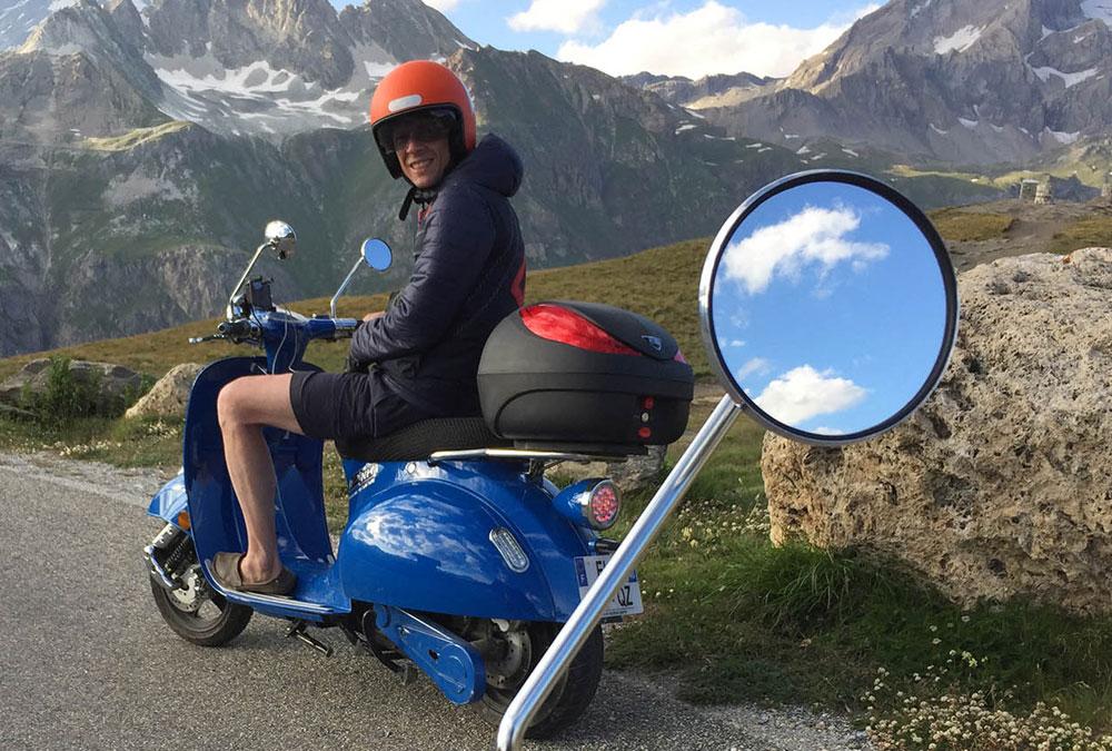 pink mobility produire en France scooter electrique