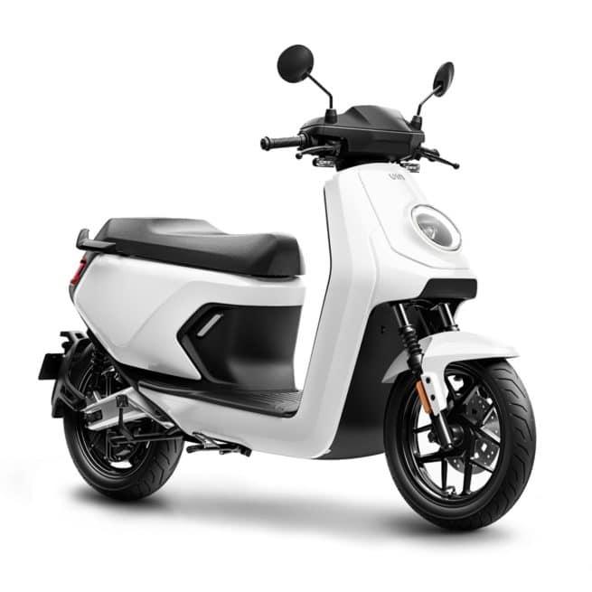 niu mqi gt blanc scooter électrique 15 jours d'essai gratuit