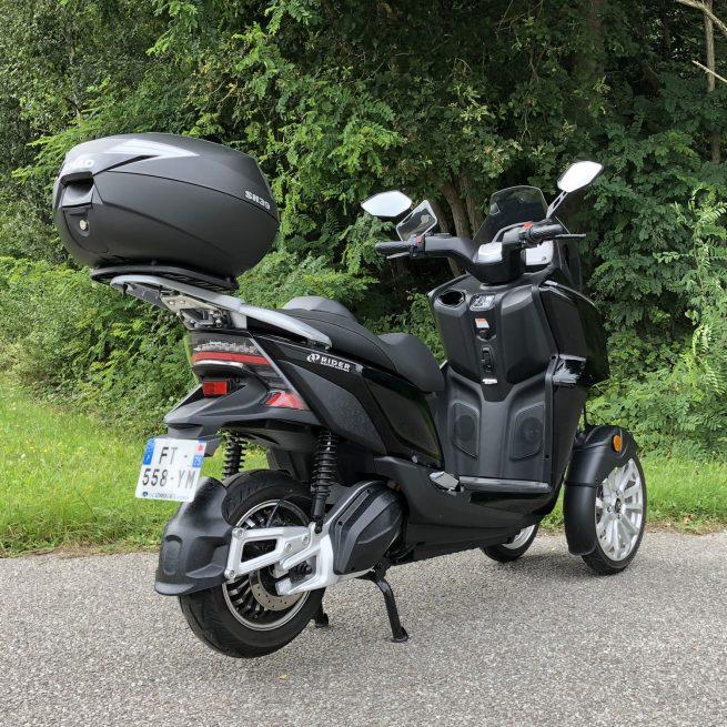 Top case shad fixé sur un Rider 3rs