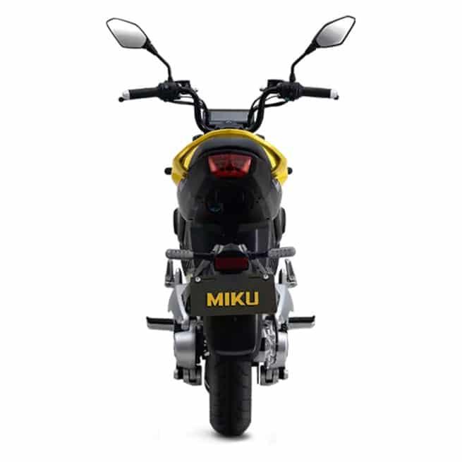 sunra miku super moto avec coffre pratique