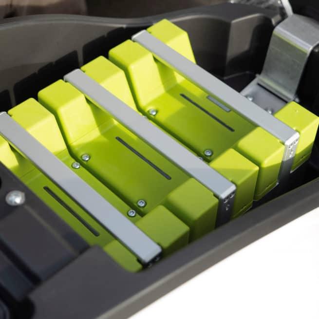 kumpan 54 ignite impulse trois batteries coffre