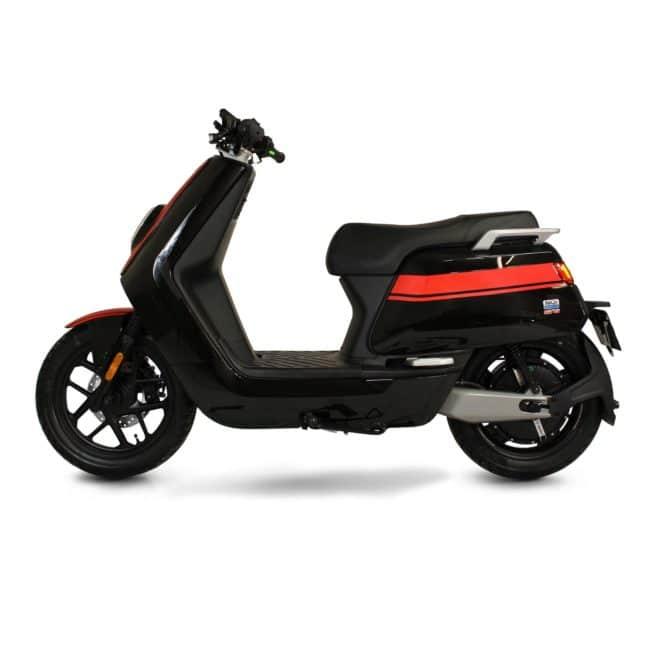 Niu NQi GTS scooter electrique batterie amovible sans effort lithium ion pratique