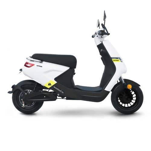 Motron Voltz scooter électrique pas cher jeune 50 permis AM
