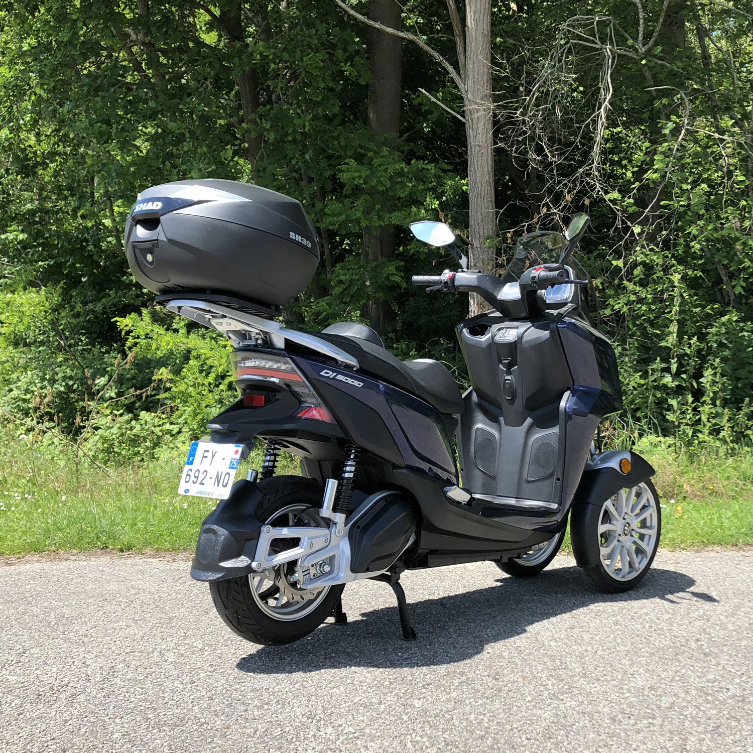 scooter 3 roues top case