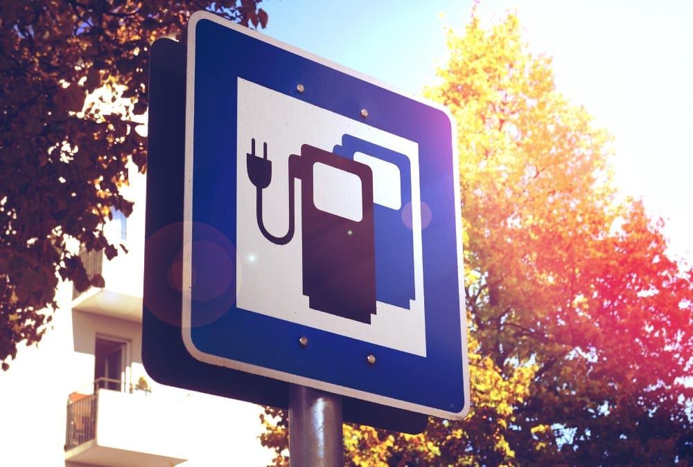 Panneau d'indication de borne de recharge pour scooter électrique