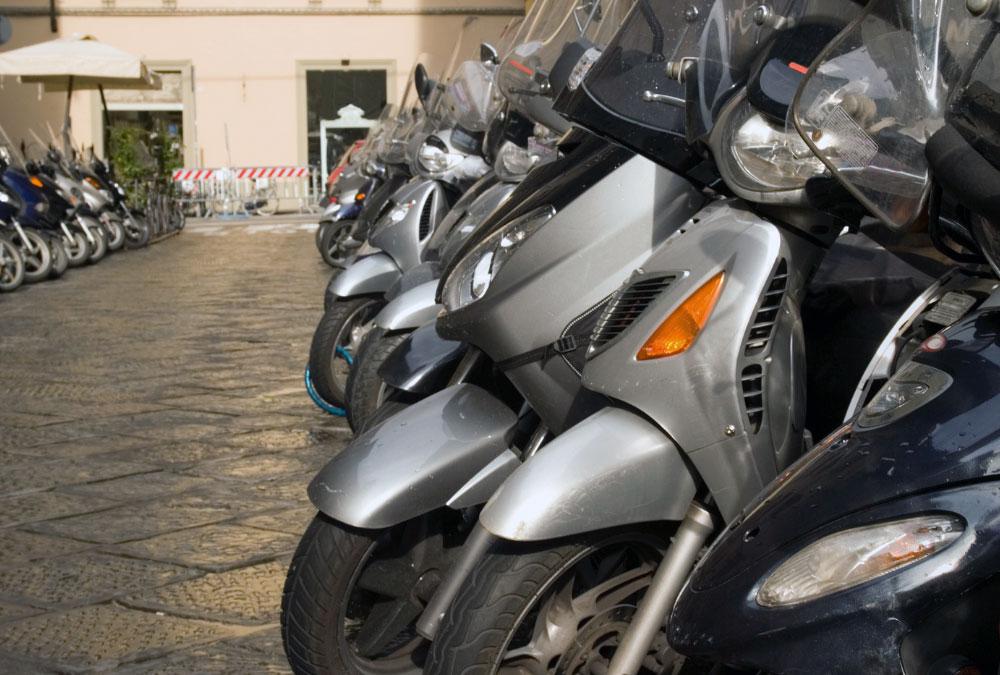 stationnement paris scooter parking