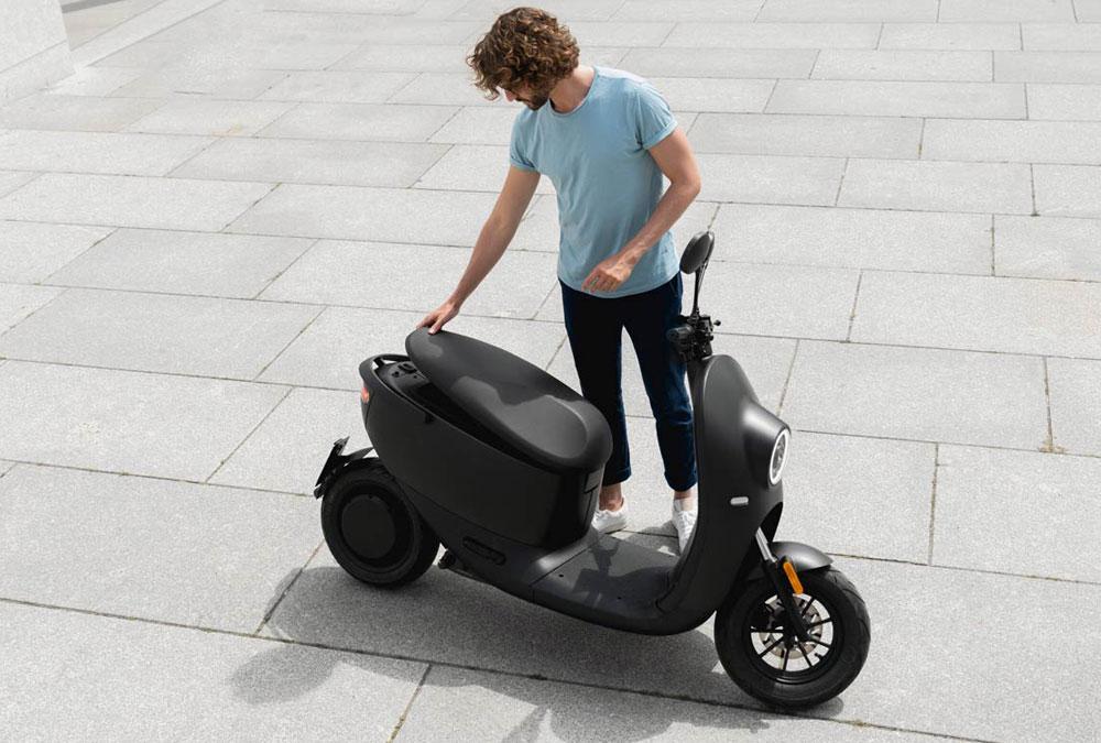 UNU scooter V2 vue de haut